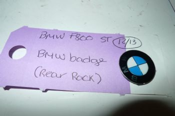 BMW F800ST BMW BADGE (REAR RACK) (CON-B)